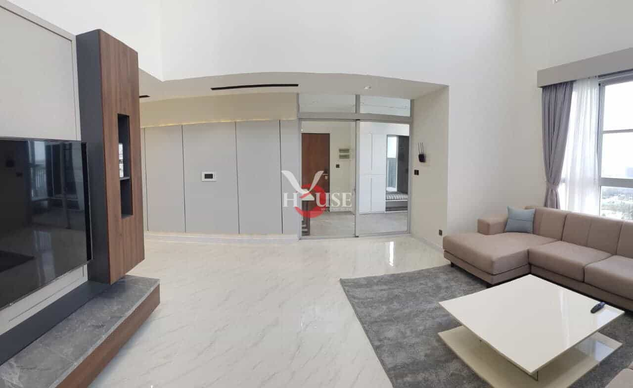 Penthouse for rent in starhill phu my hung district 7