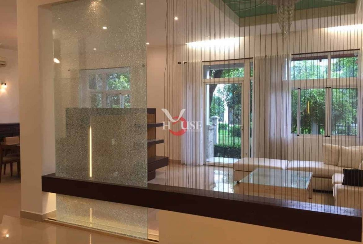 Villa For Rent in district 7 My Phu Villa For REnt