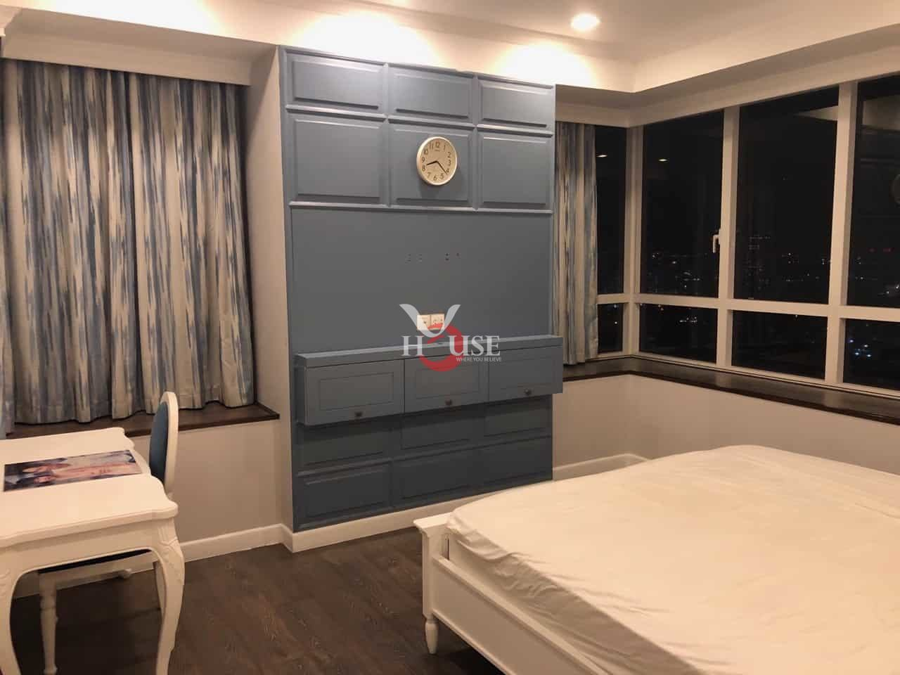 Sunrise city for rent in district 7