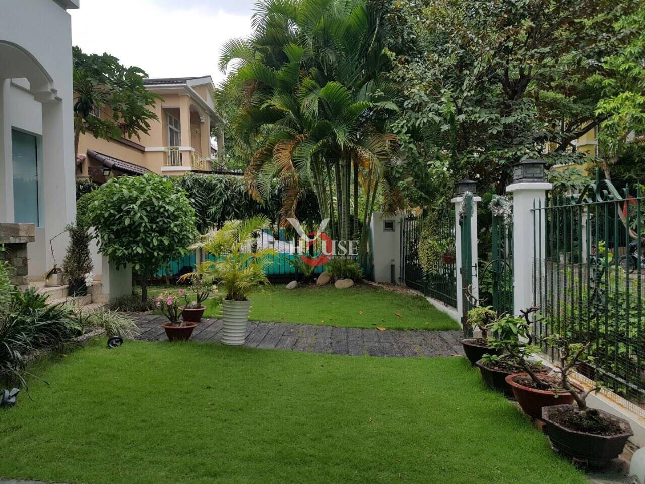 Villa For Rent In Hung Thai, center of Phu My Hung, District 7 (1)